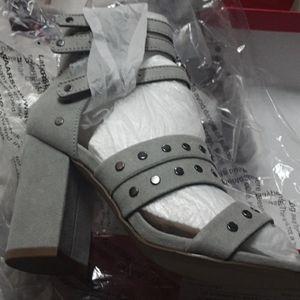 Shoedazzle Sandal